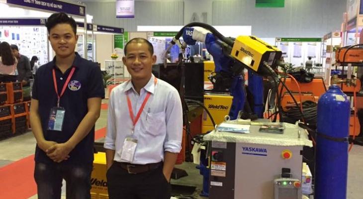 FOVINA mang đến triễn lãm Metalex 2017 giải pháp robot công nghiệp tự động